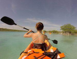 tour kayak en la laguna de bacalar