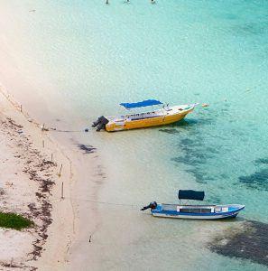 playa vista aerea de mahahual quintana roo